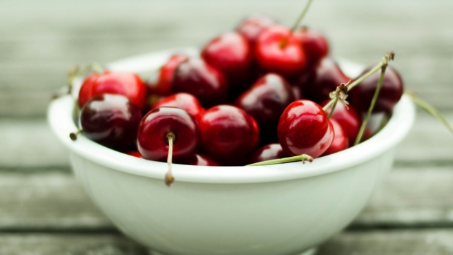 Bowl-Cherries_tn2