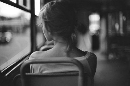 alone-bampw-black-and-white-girl-lonely-Favim.com-339133
