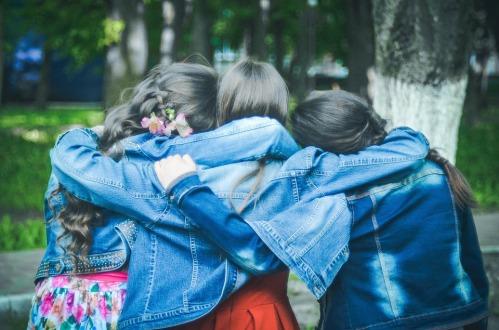 friends-775356_960_720