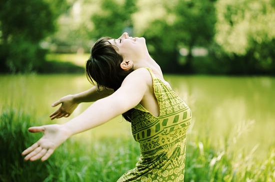 happy-woman-in-field-thumb-550x365-122132