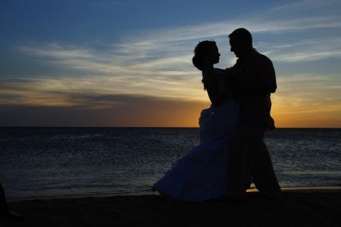 couple-1427863_960_720