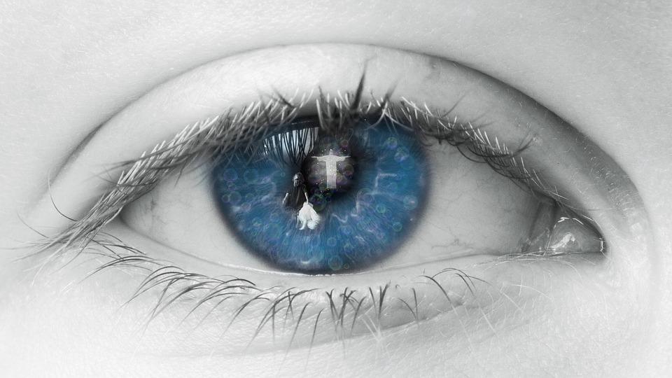 eye-2644086_960_720
